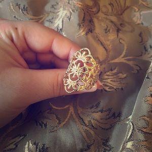 Jewelry - Gold Filigree Statement Ring